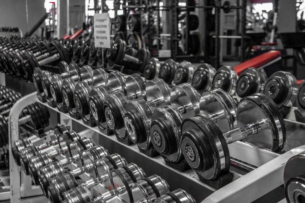 Gym plusieurs haltères Mirabel